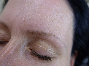 Permanent Make Up Entfernung bei Pure & Beautiful in Berlin